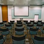 世纪商贸广场会议室