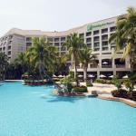 三亚湾假日酒店
