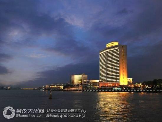 > 广州白天鹅宾馆